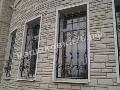 Кованые решетки на окно. фото №4