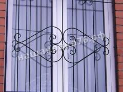 Кованые решетки на окно. фото №9