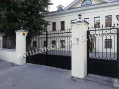Распашные кованые ворота. фото №16