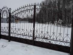 Распашные кованые ворота. фото №20