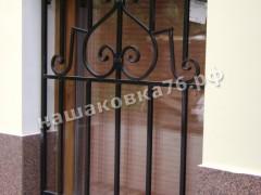 Кованая  решетка на окно. фото №12