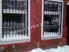 Кованая  решетка на окно. фото №15