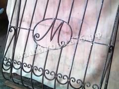 Кованая  решетка на окно. фото №16