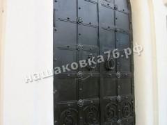 Входные двери в храм. фото №3