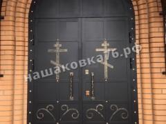 Входные двери в храм. фото №4