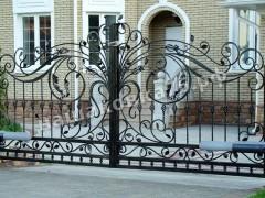 Распашные кованые ворота. фото №23